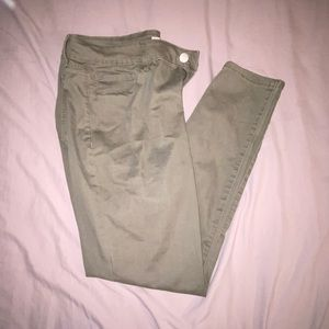 Juniors Green Pants